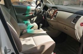 Toyota - Innova GX