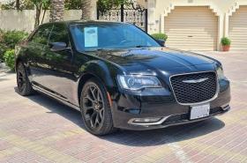 Chrysler - 300 S