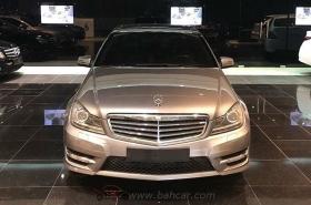 Mercedes-Benz - C200