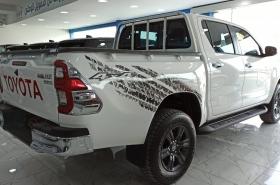 Toyota - Hilux SR5