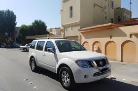 Nissan - Pathfinder LE