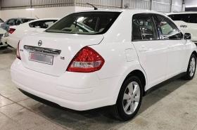 Nissan - Tiida