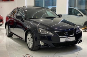 Lexus - IS300