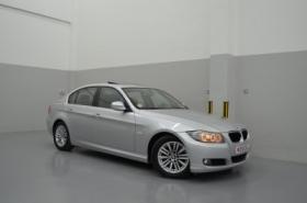 BMW - 323i