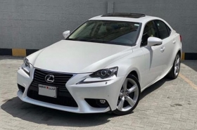 Lexus - IS350