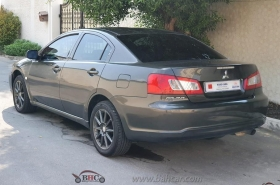 Mitsubishi - Galant Standard
