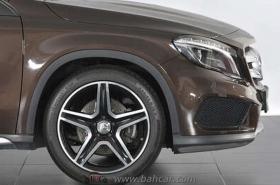 Mercedes-Benz - GLA 250