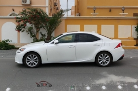 Lexus - IS 250