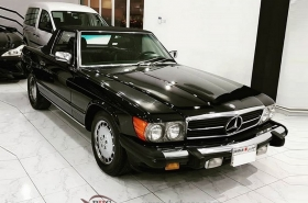 Mercedes-Benz - 560 SL