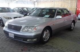 Lexus - LS400