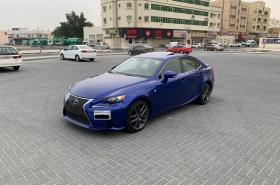 Lexus - IS 200T