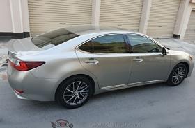 Lexus - ES350