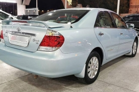 Toyota - Camry Grande
