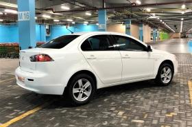 Mitsubishi - Lancer GLS