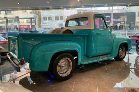 Ford - F100