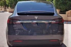 Tesla - X 75D