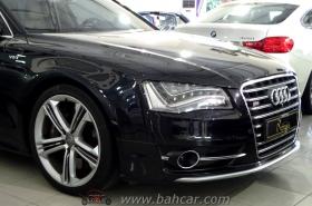 Audi - S8