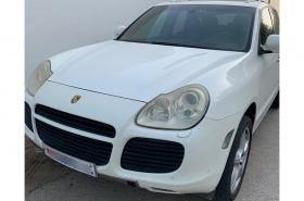 Porsche - Cayenne Turbo