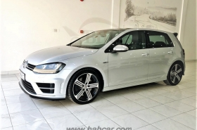 Volkswagen - Golf R