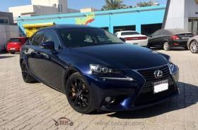 Lexus - IS 350