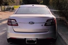 Ford - Taurus SEL